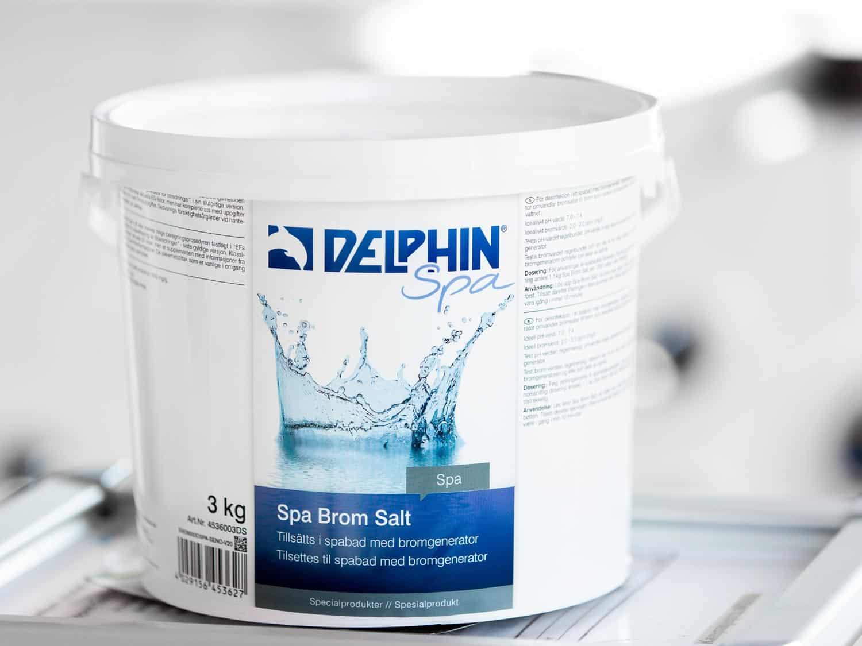 Bøtte med 3kg brominsalt fra Delphin Spa, produktbilde