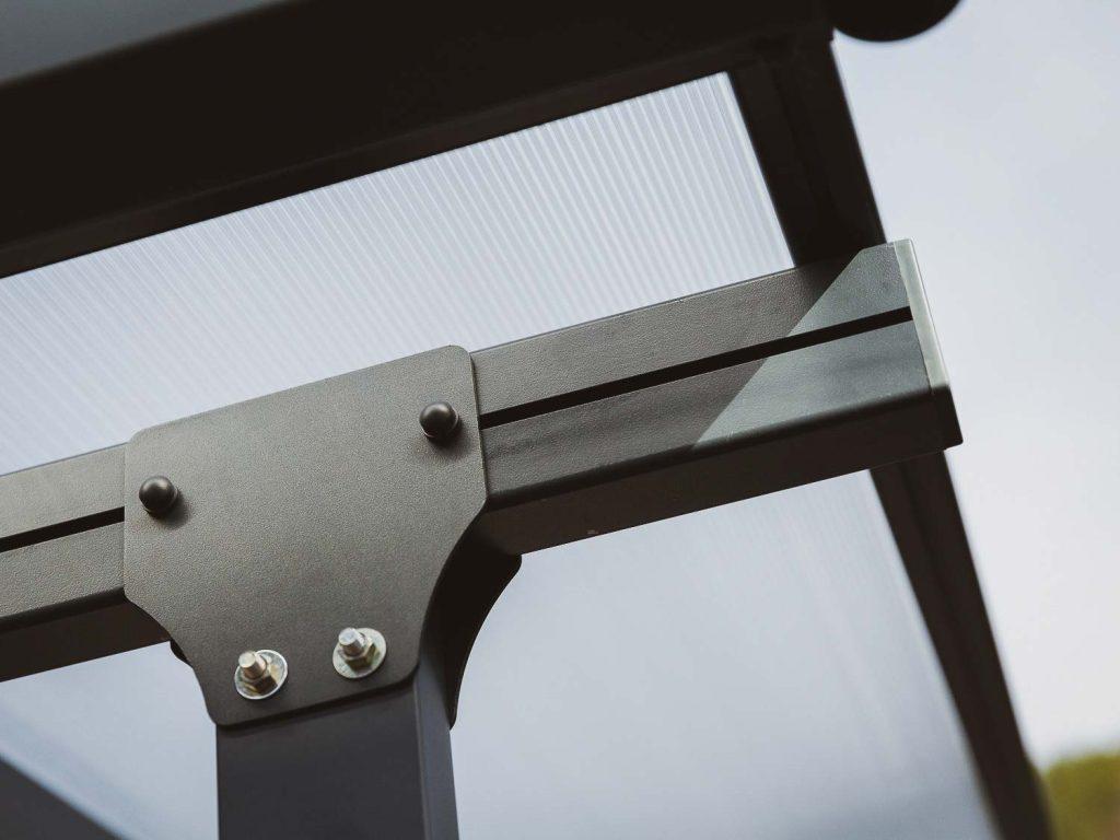 Detaljbilde - Aluminiumskonstruksjon - PALRAM terrassetak